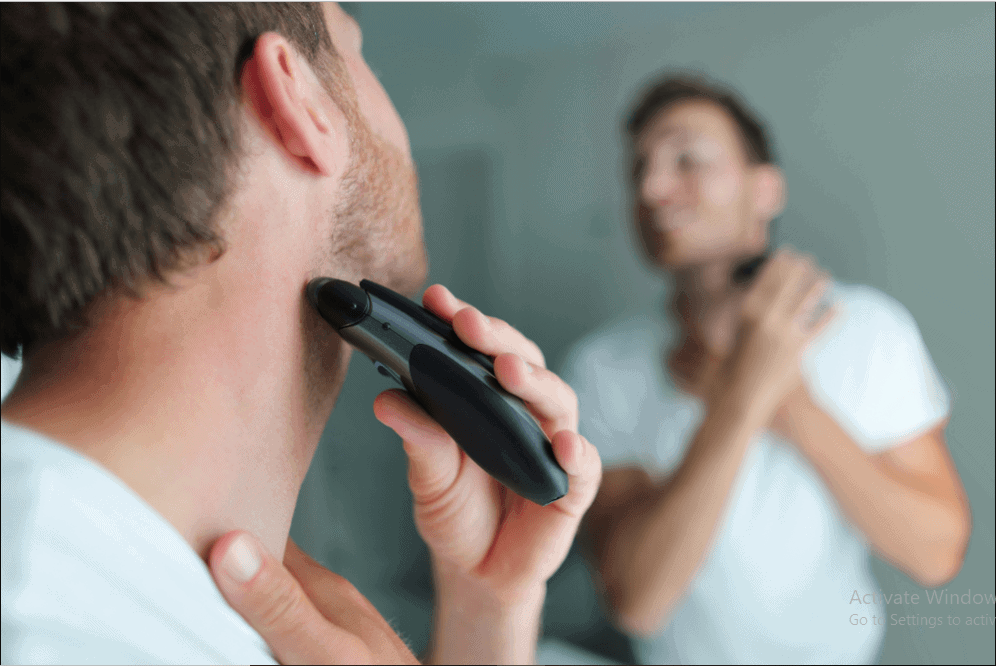 Best Electric Shaver For Sensitive Skin – The Ultimate Buyer's Guide