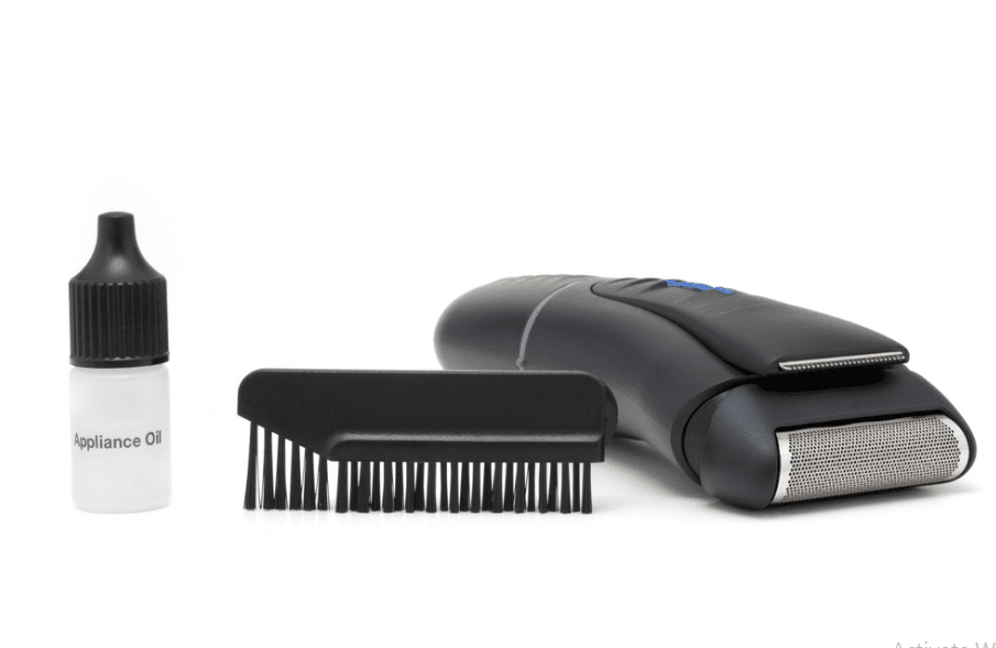 How To Clean An Electric Shaver – Step By Step Guide for Beginners'
